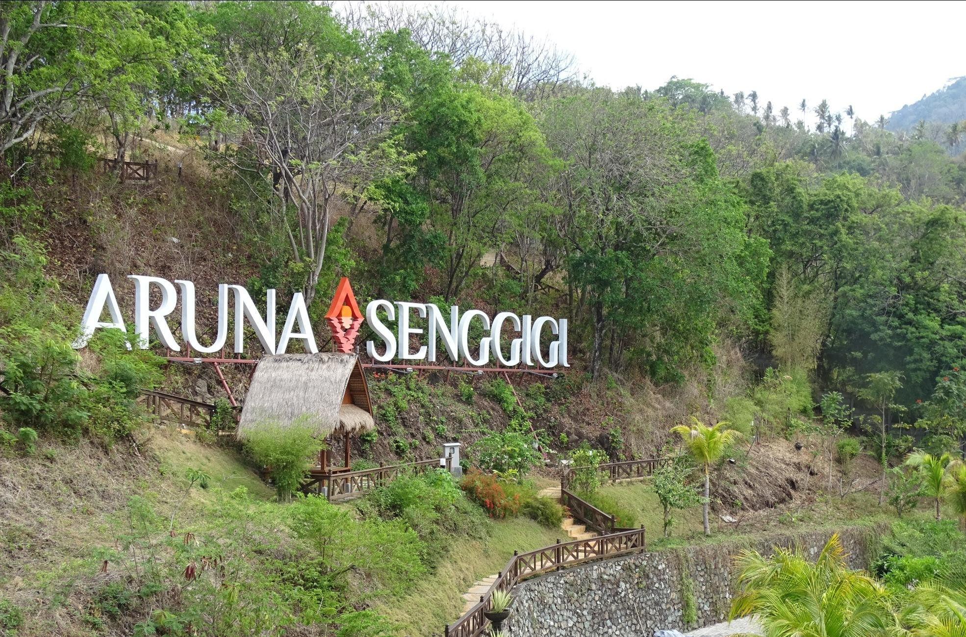 Aruna Senggigi