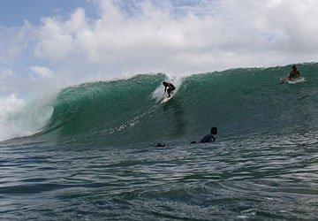 Surfen bij Kuta beach