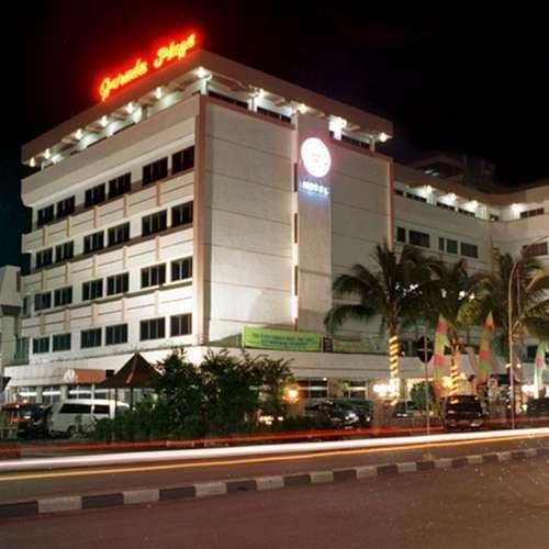 Garuda Plaza1