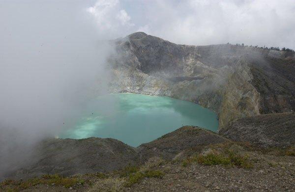 Kelimutu krater, Flores