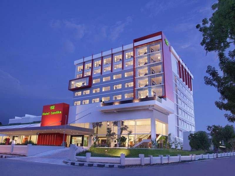 Santika Palu Hotel