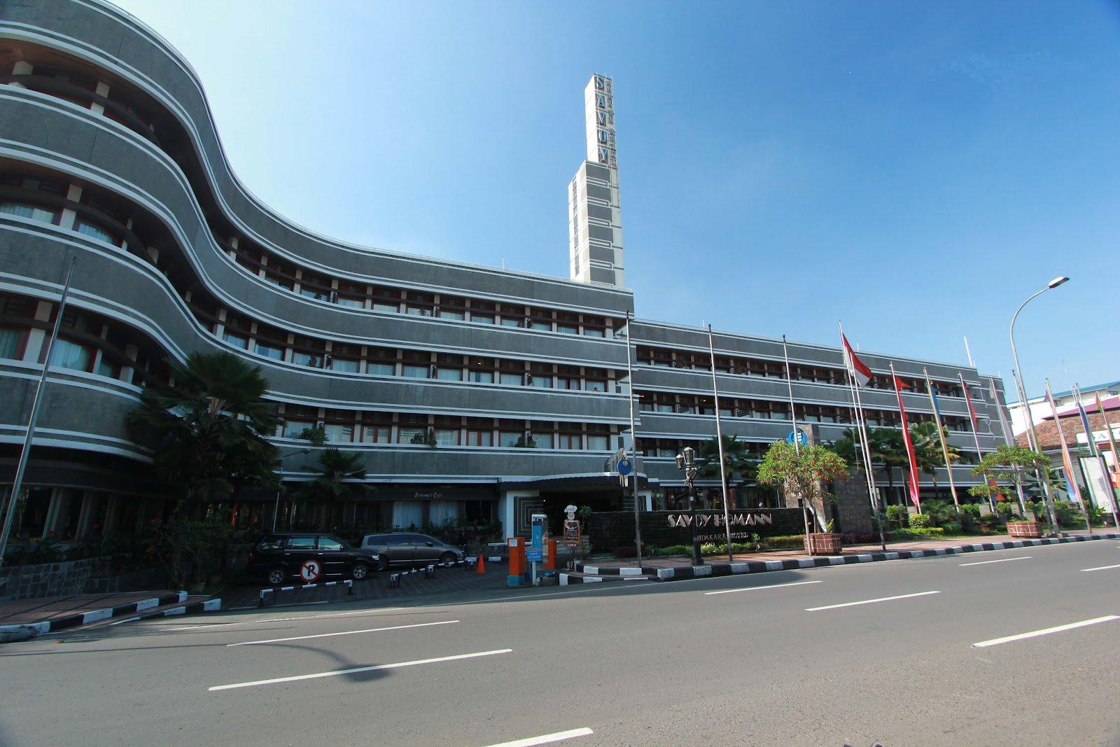 Savoy Homann - Bandung